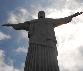 christ statue in Rio-pixabay cropped817998_1920